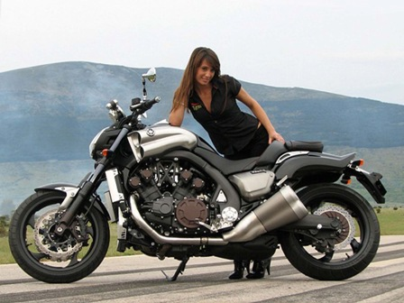 Spesifikasi Motor Yamaha Vmax